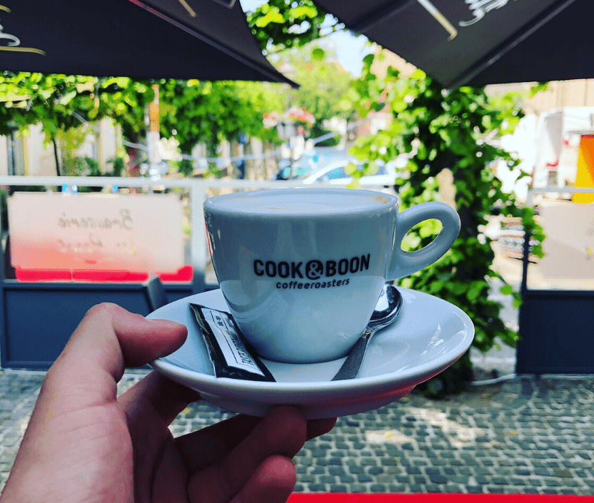 koffie bij brasserie de poort